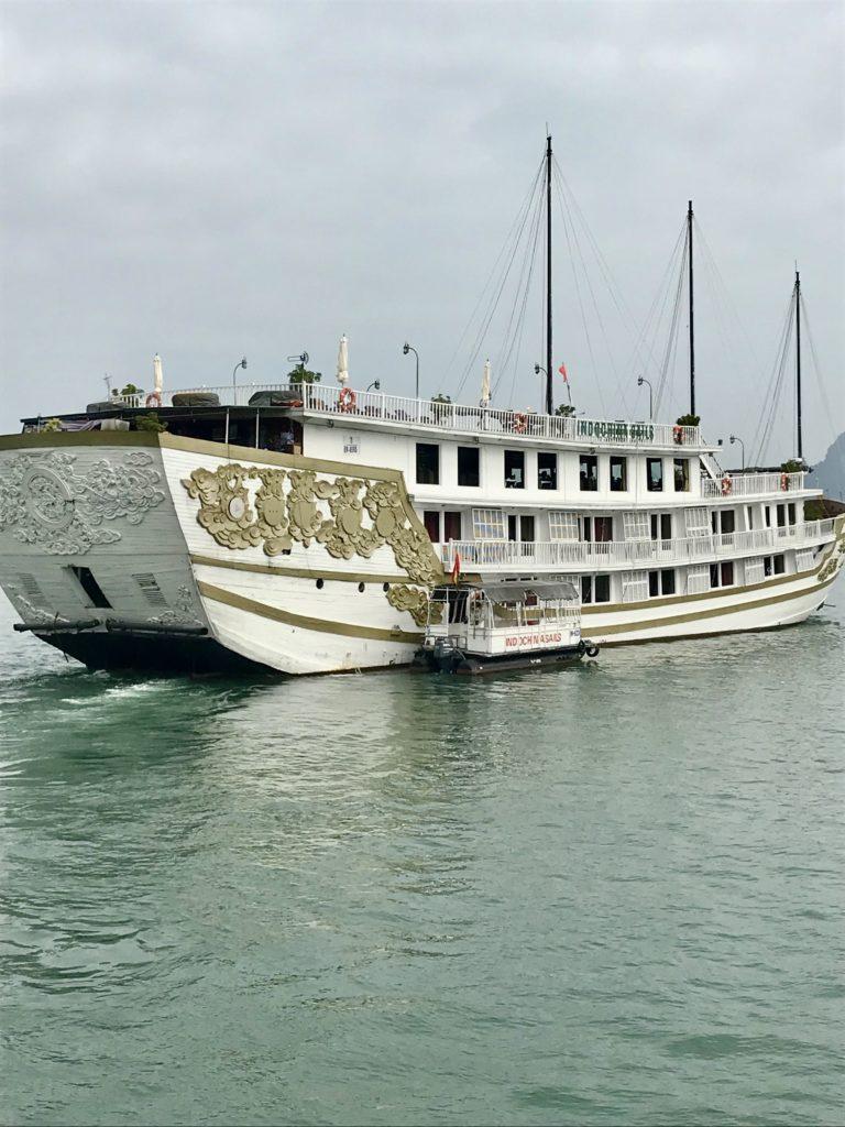 Lilmissbelle-Halong Bay